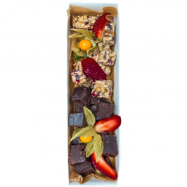 Granola brownie gift box