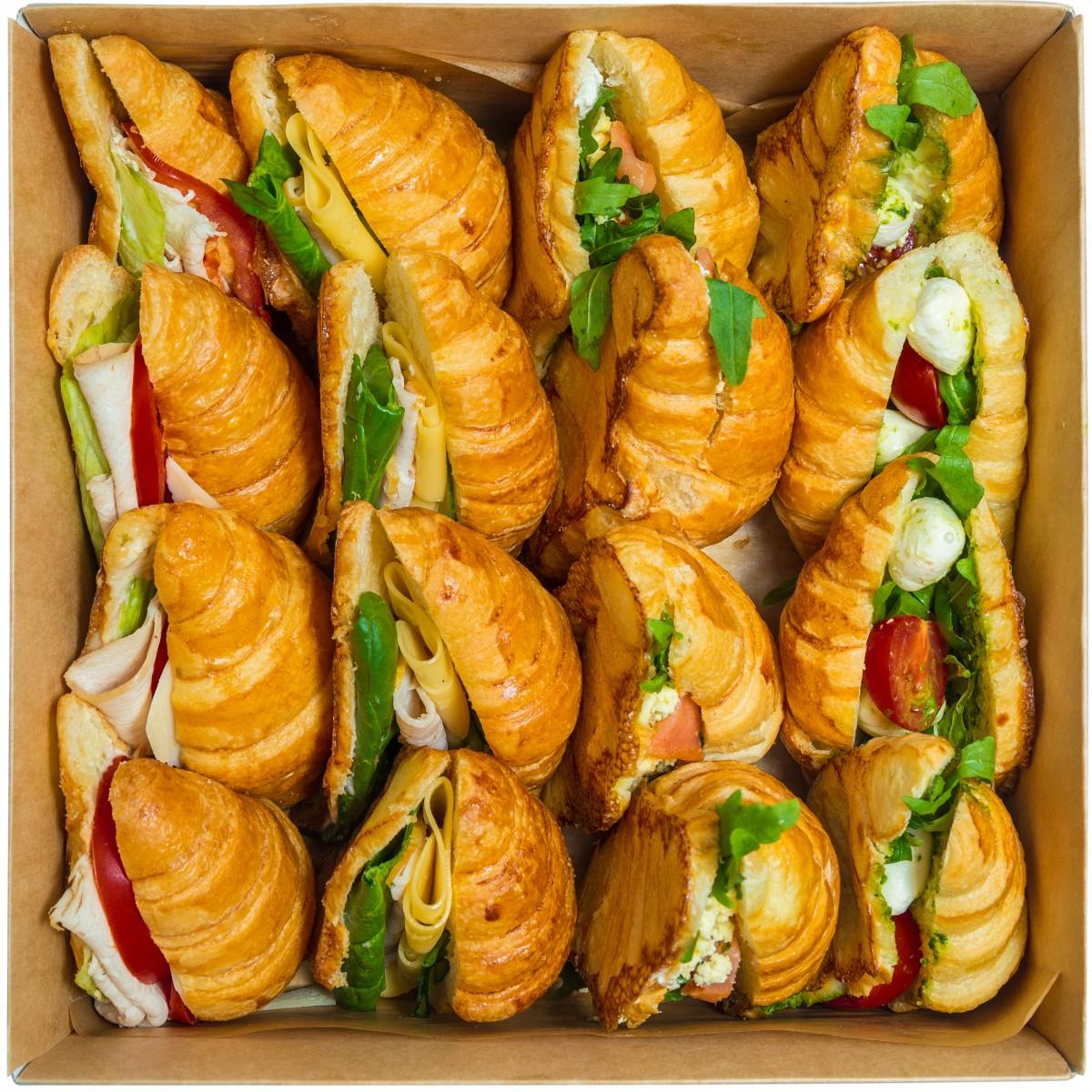 Croissant box фото 1